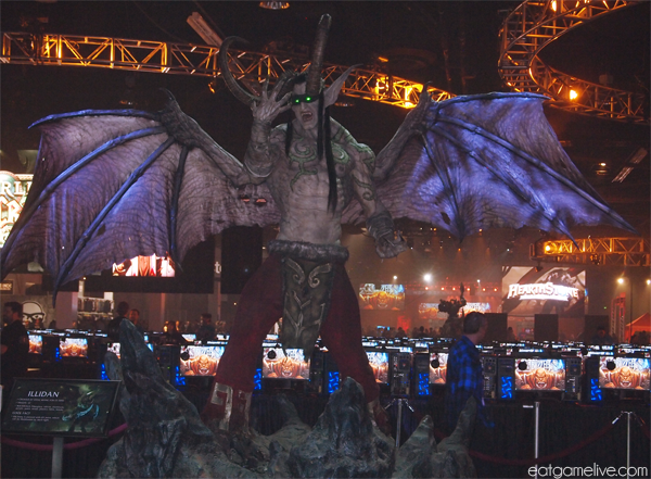 blog_BlizzCon2013_statue_illidan